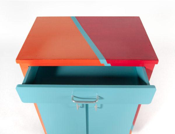Meuble de rangement vaisselier recyclé coloré
