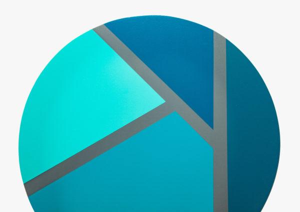 Customisation sur table design lignes géométriques colorées
