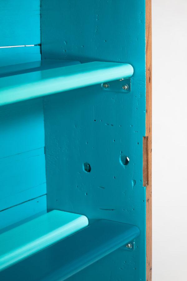 Étagère bibliothèque bleue bois ancien écoresponsable upcycling
