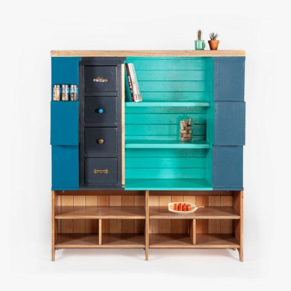 Étagère atypique recyclée bleue, verte et grise