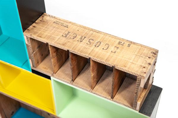 Étagère caisses rustique colorée design recyclée