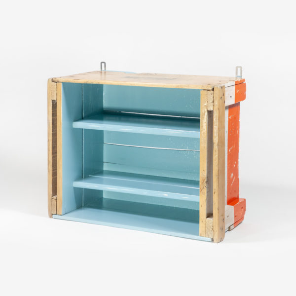 Ancienne caisse reconvertie en étagère bois massif meuble éthique