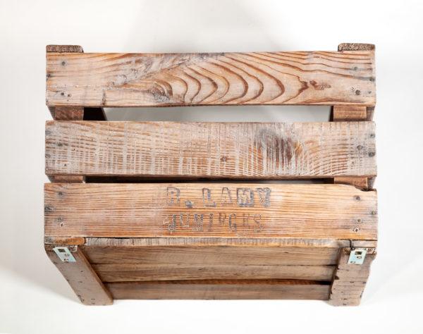 Étagère ancienne caisse inscriptions upcycling meuble écoresponsable