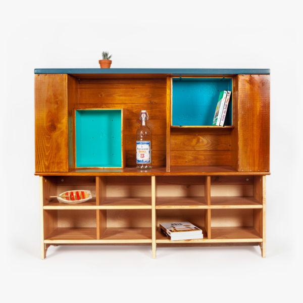 Étagère bibliothèque atypique recyclée bleue, verte et bois exotique