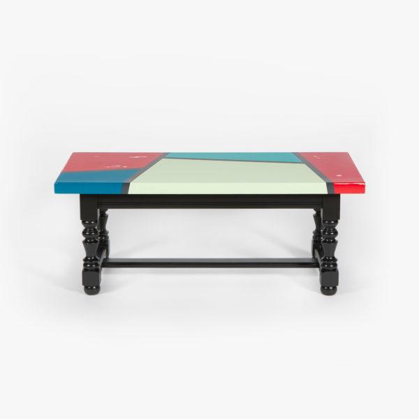 Table basse rectangulaire motifs géométriques design