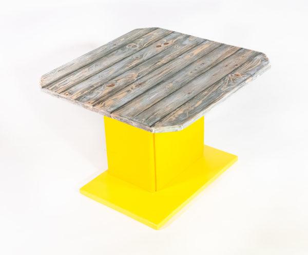 Table basse design bois vieilli meuble écoresponsable upcycling