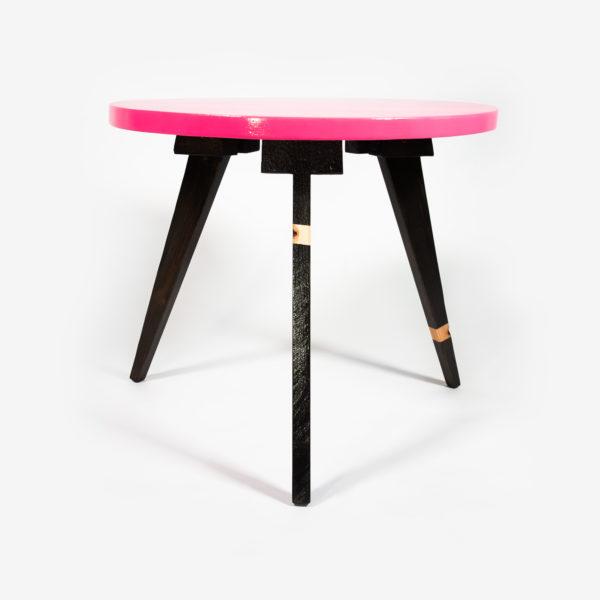 Table basse ronde rose pieds compas meuble éthique