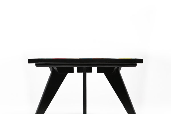 Table basse tripode pieds compas noirs fabrication responsable