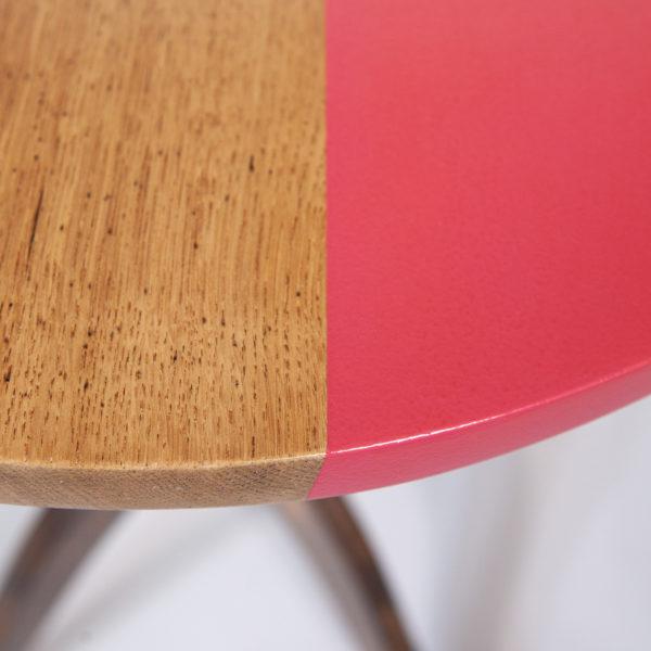 Table bistrot chêne massif rose pop éthique
