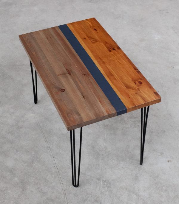 Table bureau en bois éthique coloré sur pieds épingles