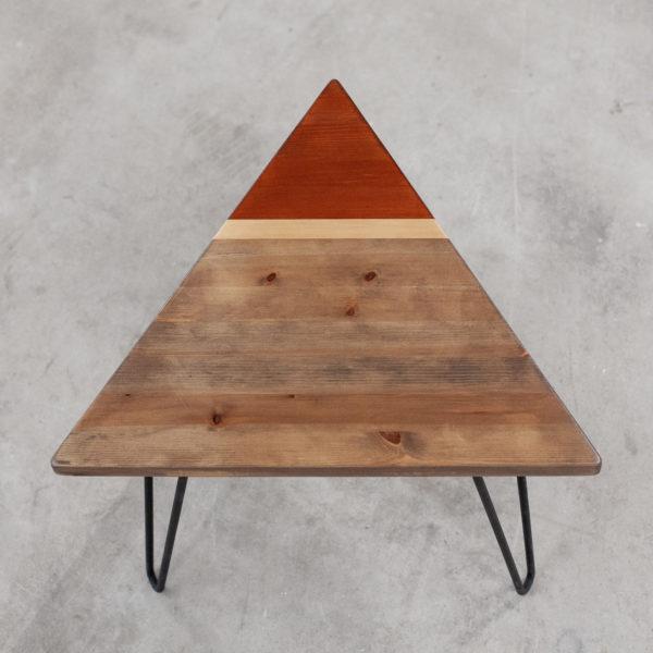 Table basse bois recyclé pieds acier style industriel