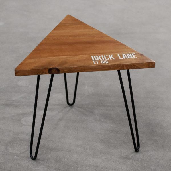 Table de chevet en bois éthique sérigraphié