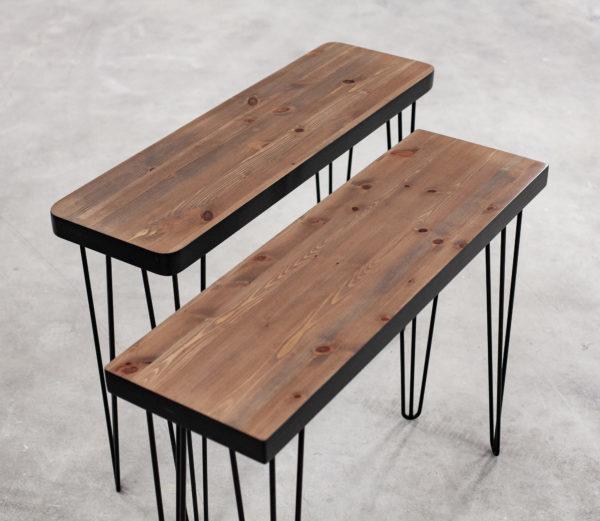 Consoles en bois massif recyclé sur pieds épingles noirs