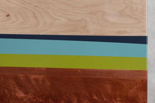 Customisation tendance géométrique peinture sur bois couleurs