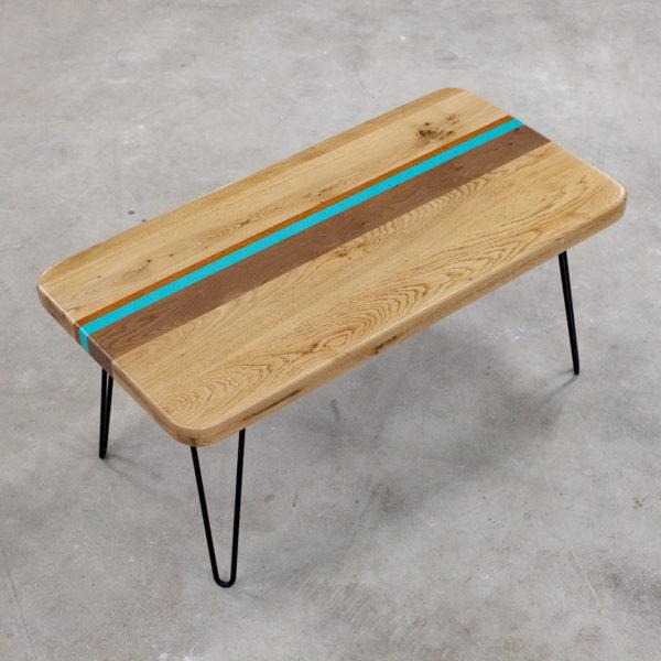 Table basse chêne massif design bandes colorées
