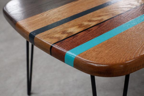Table basse éthique chêne massif bandes de couleurs
