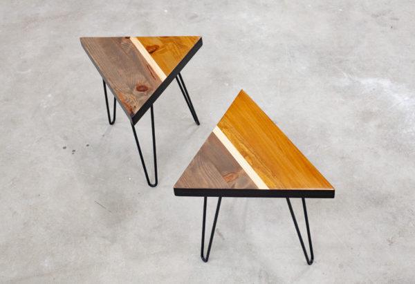 Bouts de canapé design en bois recyclé coloré