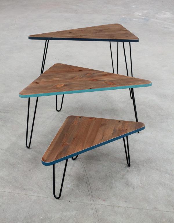 Tables gigognes en bois massif recyclé design sur pieds épingles en acier
