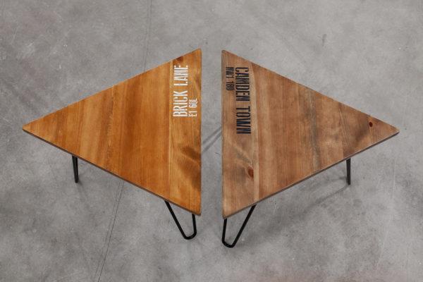 Bouts de canapé en bois sérigraphié sur pieds acier